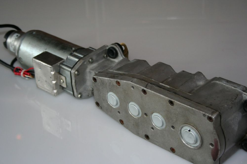 Ingersoll Rand Drive unit with extended shaft